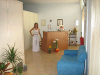 Specialista in Estetica e Massaggi, Daniela, cell 333.9452871,si propone x collaborazioni   - Ragusa (5946 clic)