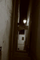 Vicolo dalla Piazzetta S. Maria Annunziata a Trappeto (giugno 2006)  - Trappeto (4902 clic)
