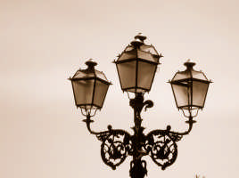 vecchio lampione vecchio lampione  - Taormina (4299 clic)