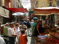 Il caotico mercato del CAPO Il caotico mercato del CAPO PALERMO LUIGI GAROFALO