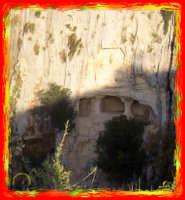 percorsi archeologici:Stafenna-grotte  - Rosolini (4765 clic)