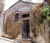 Infanzia perduta:Patrimonio storico da tutelare  - Rosolini (3109 clic)