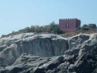 ACICASTELLO. MUNICIPIO. (vista dal mare)  - Aci castello (1832 clic)