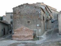 Giuseppe Sirni - Mostra Mistretta Pulita - installazione  - Mistretta (3624 clic)