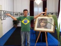 Nino Bartuccio presenta la sua Mostra TI GUARDO UOMO DEL PRIMO MONDO.  - Montagnareale (4713 clic)