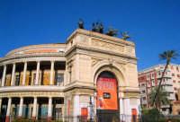 Vista di uno scorcio del Teatro Politeama a Palermo. PALERMO Giovanni Basta