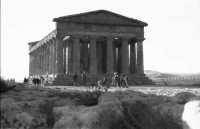 il Tempio nel 1974  - Agrigento (2292 clic)