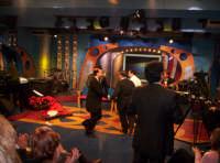 Ettore in una scenetta nella trasmissione Insieme trasmessa da Antenna Sicilia il 03-01-2005  - Paternò (2371 clic)