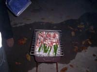 Le strigliole di capretto in graticola Nov.2006  - Paternò (3815 clic)
