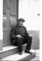Il riposo meritato del pesatore nel 1967  - Aci trezza (3227 clic)