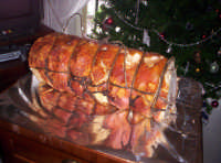 Una porchetta cotta al forno a pietra DIC.2004  - Paternò (13924 clic)