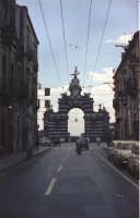 Via Garibaldi e il Fortino nel 1967  - Catania (2499 clic)