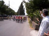 91° Giro ciclistico d'Italia - gruppo di corridori già allo Stradale dei Pioppi a Paternò 12-05-08  - Paternò (2924 clic)