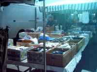 Bancarella al mercato di Paternò 2007  - Paternò (1864 clic)