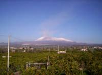 Etna innevato, con fumata (Nov.2004)  - Paternò (1843 clic)
