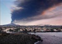 Catania sotto la cenere  - Catania (6512 clic)