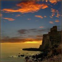 - Aci castello (3385 clic)