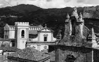 Veduta chiesa della Trinità e chiesa Madre  - Monforte san giorgio (5763 clic)