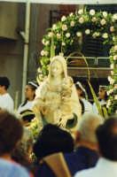La Madonna Immacolata dopo 25 anni ritorna in piazza IV Novembre ! !  - Monforte san giorgio (6792 clic)