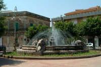 Fontana dei Tre Leoni.  - Avola (3272 clic)