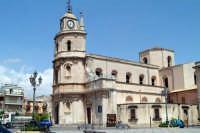 Scorcio della Chiesa Madre e della Piazza.  - Floridia (6765 clic)