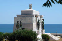 Monumento ai Caduti.  - Siracusa (4323 clic)