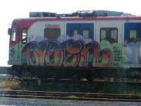Vista dal treno Siracusa - Messina.   - Catania (2129 clic)