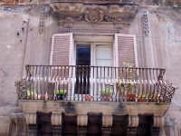 Architetture nel centro storico di Augusta in via P. Umberto.  - Augusta (1320 clic)