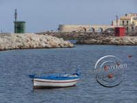 Veduta del Porto Piccolo a Siracusa e barca ormeggiata.  - Siracusa (1492 clic)