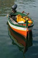 La caratteristica barca siracusana nella Darsena.  - Siracusa (2519 clic)