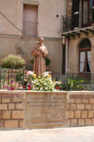 Statua Santo Padre  Pio  - Tusa (4819 clic)