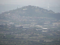 La collina storica di Paternò vista dal campanile della Chiesa Madre di Santa Maria di Licodia  - Paternò (1877 clic)