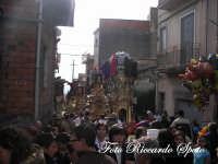 Festa Patronale di Santa Barbara, la varette in sosta durante la messa alla chiesa dell'Itria  - Paternò (1904 clic)