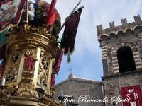 Festa Patronale di Santa Barbara, scorcio della varetta e della chiesa dell'itria  - Paternò (2215 clic)