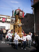 Festa Patronale di Santa Barbara, una varetta in processione  - Paternò (3981 clic)
