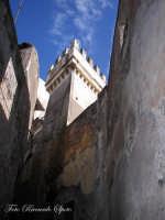 Santa Maria di Licodia. Torre di palazzo Bruno, sec. XIX.   - Santa maria di licodia (2042 clic)