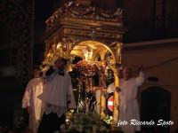 Festa patronale in onore di Sant'Antonio di Padova. Il fercolo in corsa prima del rientro.  - Gravina di catania (5103 clic)