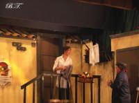 La Brigata Teatrale di Santa Maria di Licodia presenta; Miracolo, commedia brillante in due atti, riadattamento in chiave farsesca del S. Giovanni decollato di Martoglio. Marzo 2007, cine-teatro S. Giuseppe, Santa Maria di Licodia. (foto scattata da Stefano Mirone)  - Santa maria di licodia (1364 clic)