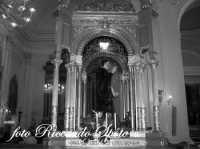 Festa di San Placido, Ottobre 2006. Il Fercolo del Santo, prima dell'uscita.  - Biancavilla (1965 clic)