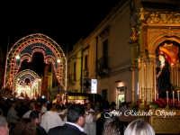 Feste Patronali. Il Fercolo del Patrono San Placido Martire in processione. 6 Ottobre 2007  - Biancavilla (1960 clic)