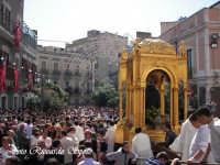 Feste Patronali. Usicta e processione del Fercolo del Patrono San Placido Martire. 5 Ottobre 2007  - Biancavilla (2224 clic)
