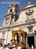 Feste Patronali. Usicta e processione del Fercolo del Patrono San Placido Martire. 5 Ottobre 2007  - Biancavilla (1778 clic)