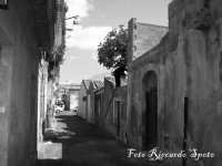 Santa Maria di Licodia, quartiere S.Agata. Antiche abitazioni, di impianto medioevale.   - Santa maria di licodia (1967 clic)