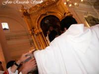 Feste Patronali. Il fercolo di San Placido all'interno della Chiesa Madre. 5 Ottobre 2007   - Biancavilla (2234 clic)