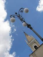 La centrale piazza Cisterna, con la chiesa Madre dedicata alla Madonna del Carmelo  - Ragalna (3127 clic)