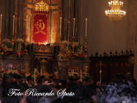 festa patronale di Santa Barbara, il simulacro viene condotto verso il fercolo  - Paternò (1448 clic)
