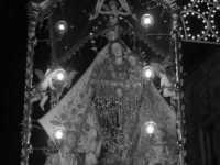 Processione della Madonna dei Miracoli per le vie del paese. (2006)  - Mussomeli (3219 clic)