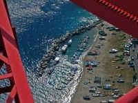 Dettaglio  dalla sommità del pilone di Torre Faro (ME)(Luglio 2006)  - Messina (7022 clic)