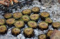 carciofi arrostiti in  contrada fiorilli  - Casteldaccia (6427 clic)