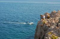 C'è chi pesca dal basso e chi dall'alto  - Sant'elia (5835 clic)